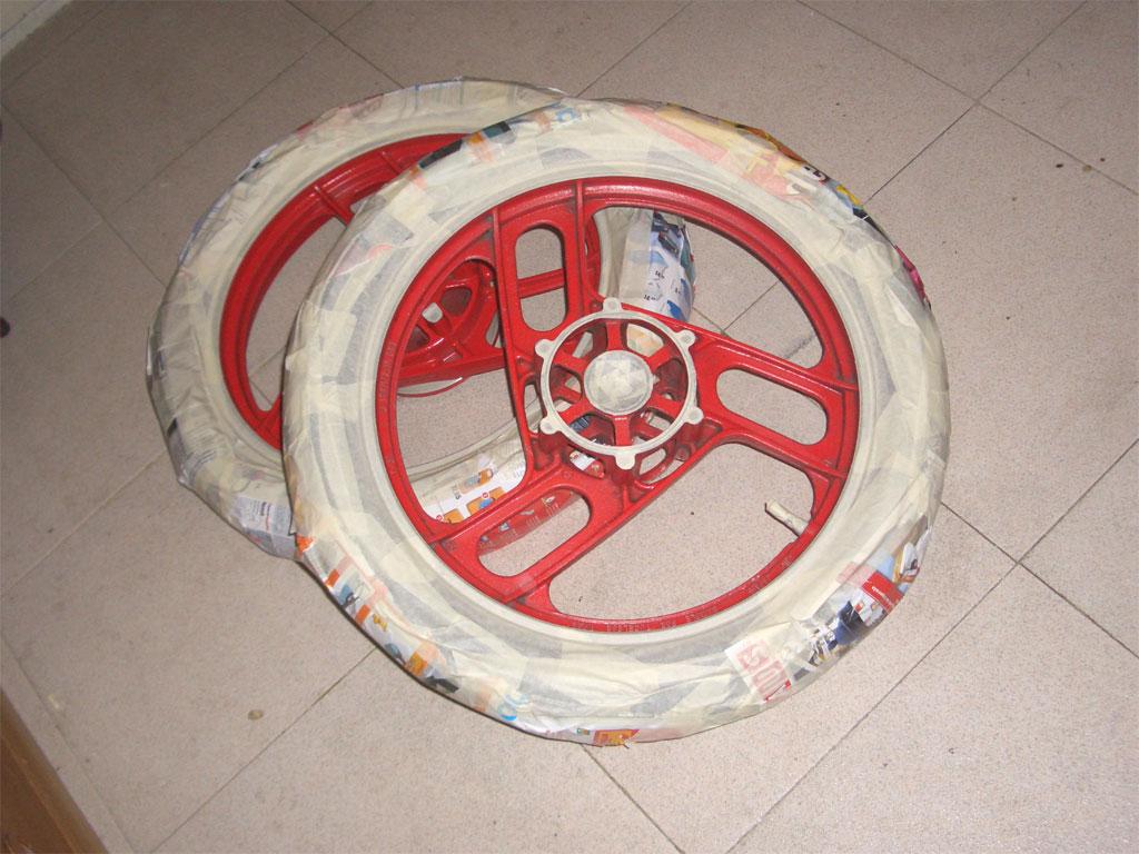 Hasta dejar las ruedas o las fibras o los escapes - Pintura en spray para plastico ...